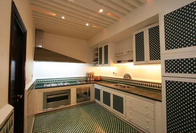 Terrace/Kitchen